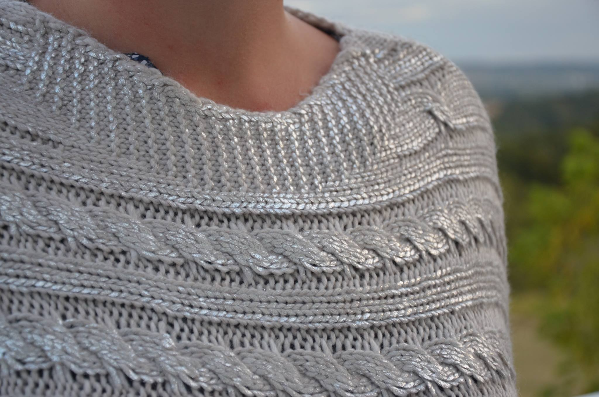 Poncho pull cape laine mohair grosse maille hiver beige argent clementina bei ebay - Laine grosse maille ...